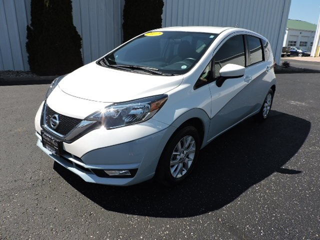 Pre-Owned 2017 Nissan Versa Note SV